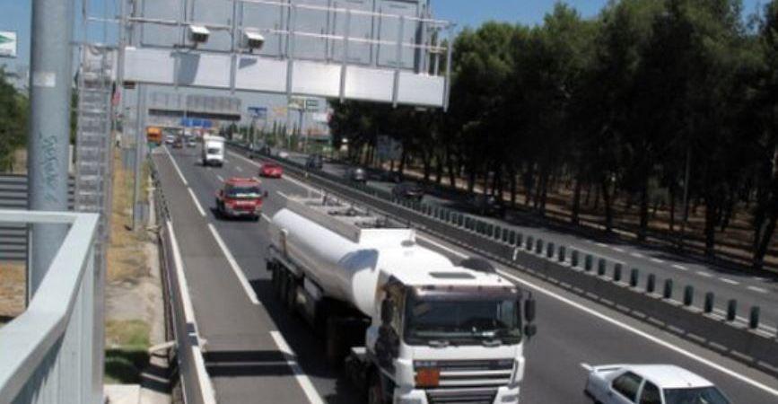 llegan, carreteras, españolas, autopistas, autovías, sensores, velocidad, furgones,