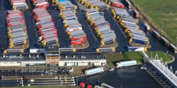 Andamur, nueva, área de servicio, Calais, estaciones, parking,