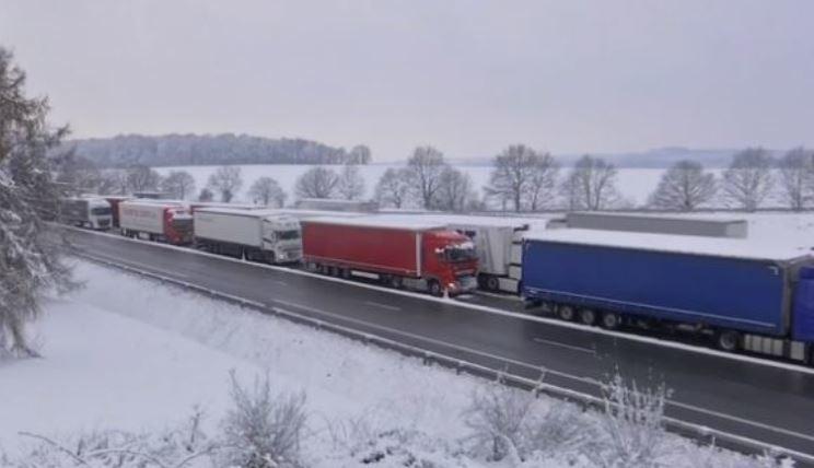 prohibida, circulación, camiones, carreteras, francesas, actualidad, transporte internacional,