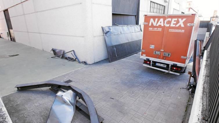 alunizaje, Villaverde, camión, basura, robado, polígono,