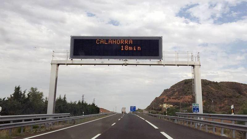 cien, días, accidente, N-232, desvío. autopista, camiones,