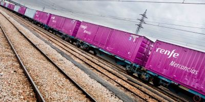 mercancías, Renfe, subasta, locomotoras, vagones,