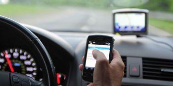 usar, móvil, conduce, distracción, frecuente,