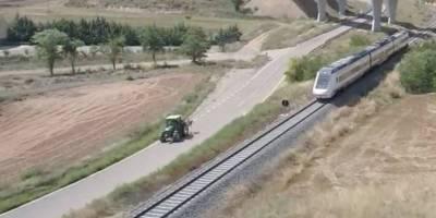 tractor, rápido, tren, vídeo,
