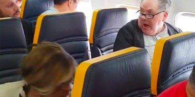 Barcelona, presentará, denuncia, incidente, racista, vuelo, Ryanair,