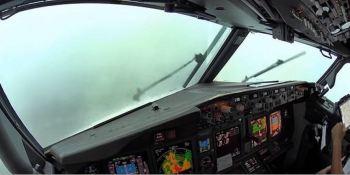 Boeing 737, cabina, avión, visibilidad, tormenta, aterrizaje,