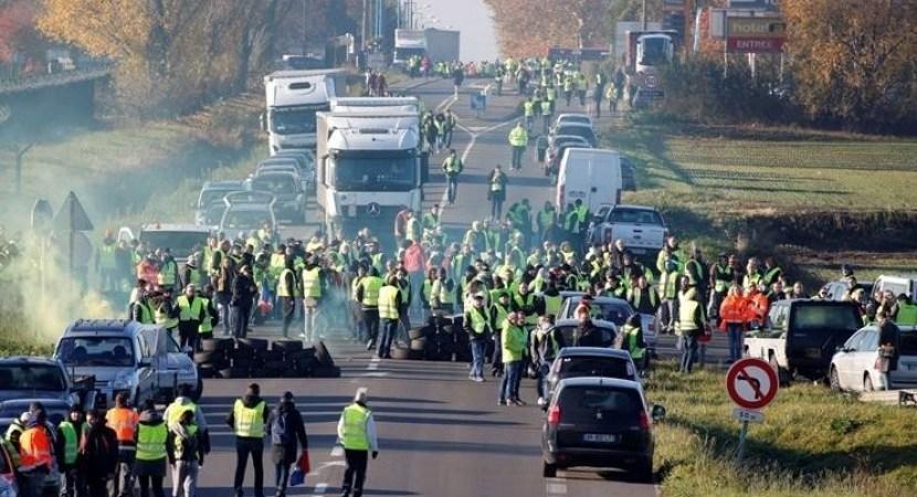 Francia, deroga, parcialmente, tiempos, conducción y descanso, bloqueos,