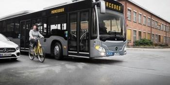 Mercedes Benz, seguridad, conductor, pasajero, viandantes, puntos muertos, peatones, fabricantes del sector,