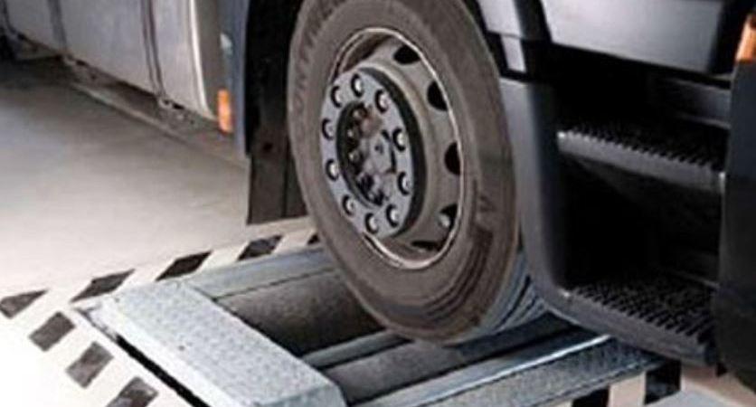 prueba, vehículos, pesados, industria estudiará, nuevo, sistema, medición, frenado,