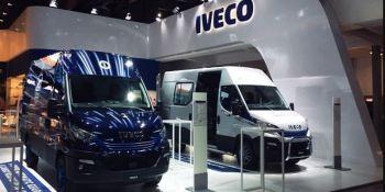 automóvil, Bruselas, Iveco, presenta, furgoneta, Daily, salón,