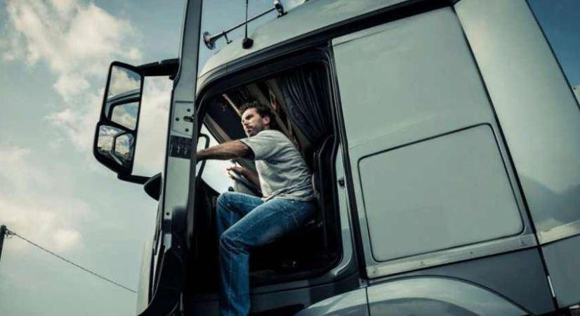 situación, camioneros, españols, crisis, coronavirus,