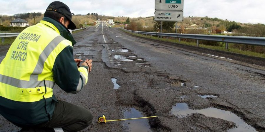 España, suspenso, mantenimiento, carreteras, seguridad vial, sociedad, Estado, Ministerio de Fomento,