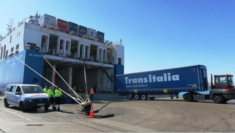 primer, transporte, intermodal, mediante, eCMR, Europa, España, Italia,