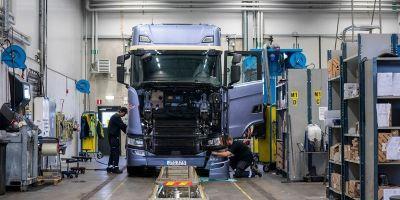 Scania, controla, datos, kilómetros, camiones, mes,