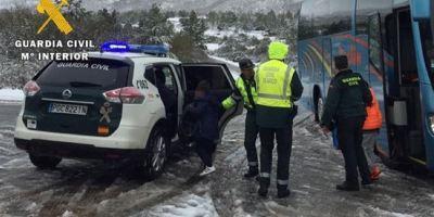auxiliados, autocares, escolares, atrapados, nieve, hielo, Burgos,