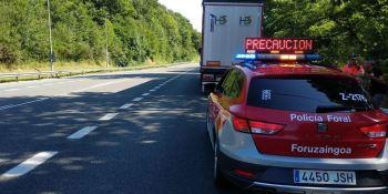 detenido, conductor, camión, parado, carril, quintuplicar, tasa, alcohol,