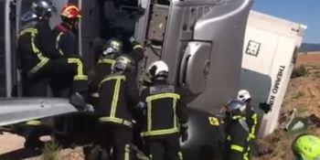 complicado, rescate, camionero, accidentado, Emergencias 112,