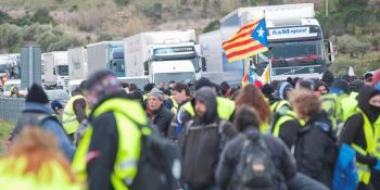 transporte por carretera, denuncia, cortes, Cataluña,