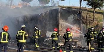 incendio, camión, M-40, Madrid, sucesos,