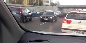camionero, héroe, detener, conductor, dirección contraria.,