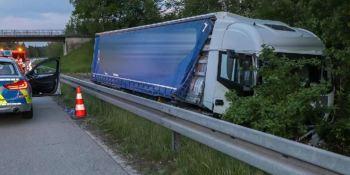 camionero, circula, 20 kilómetros, dirección contraria,