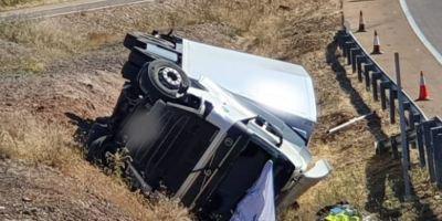 dos, heridos, vuelco, camión, A-5, fotos,