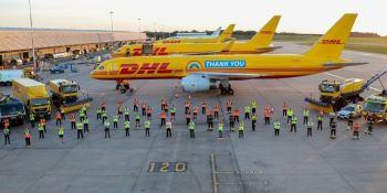 DHL agradece, empleados, dedicación, mensaje, Boeing 757,