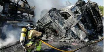 Fallece un camionero al arder el camión y quedar atrapado dentro en Puerto Lumbreras