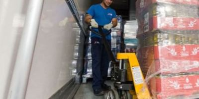 La carga y descarga por los camioneros en Portugal se regulará por ley
