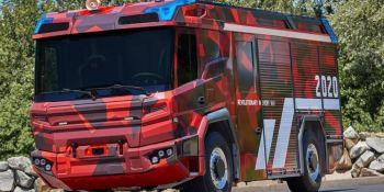 Transmisión eléctrica Volvo Penta da juego en el camión de bomberos futuro