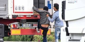 Libro blanco para evitar los migrantes en camiones