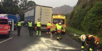 Cortada la A-8 en Castro Urdiales dirección Bilbao por un grave accidente de tráfico