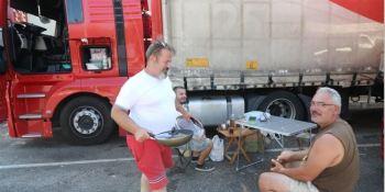 La DGT ignora a los camioneros y veta las áreas de servicio de la N-340 en Castellón