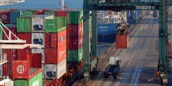 Los sindicatos desconvocan la huelga de estiba en el Puerto de Bilbao