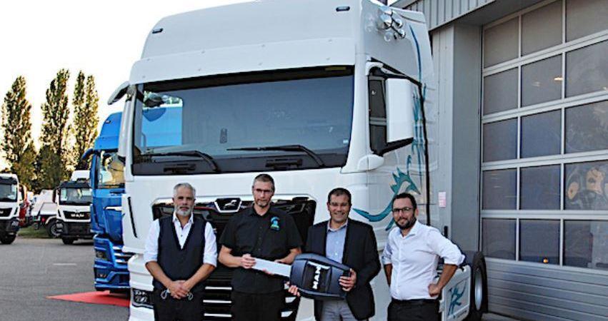 MAN entrega su primer camión TGX B100 a biodiesel