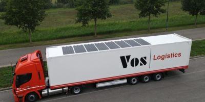 Paneles solares en los semirremolques SolarOnTop de Vos Logistics