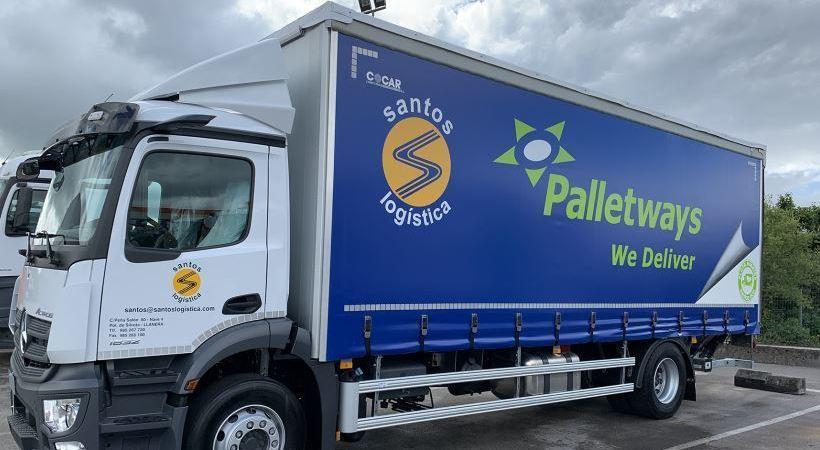 Santos Logística incorpora un camión híbrido para los servicios de Palletways