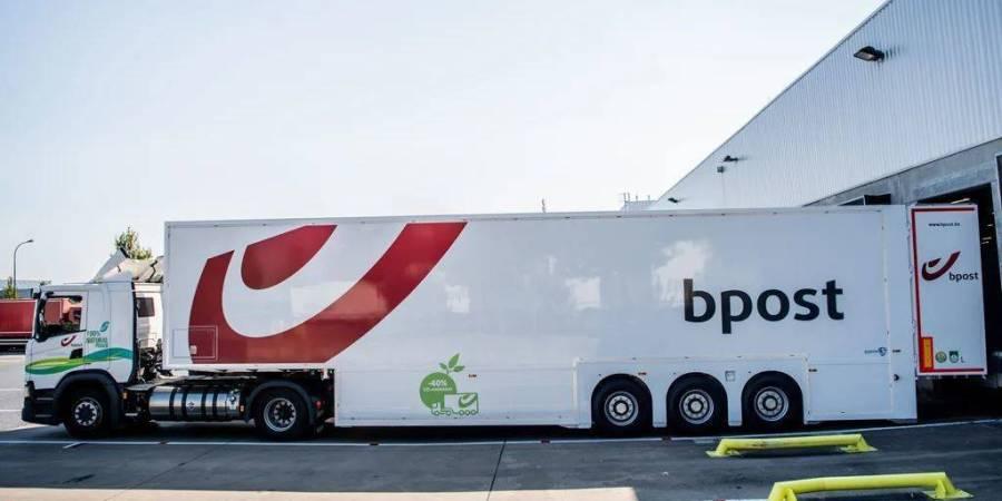 bpost group revoluciona el sector de la paquetería en Bélgica con remolques de dos pisos