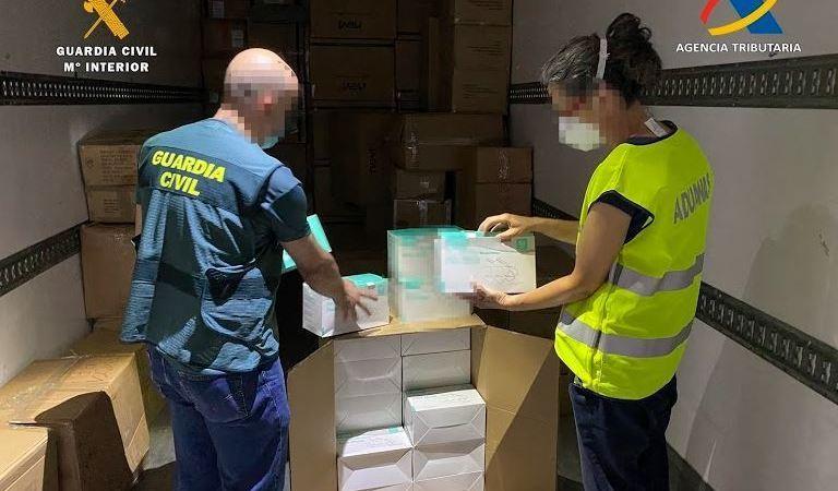 Intervenida mercancía localizada en semirremolques en el puerto de Almería