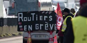 Los camioneros franceses presionan al Gobierno por el cierre de restaurantes