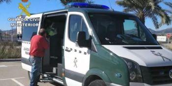 Investigan a un camionero por circular por la A-7 en sentido contrario quintuplicando la tasa de alcohol
