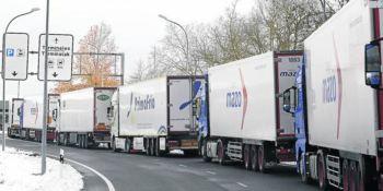Los trámites aduaneros por el Brexit colapsan la aduana de Foronda con retenciones de 8 horas