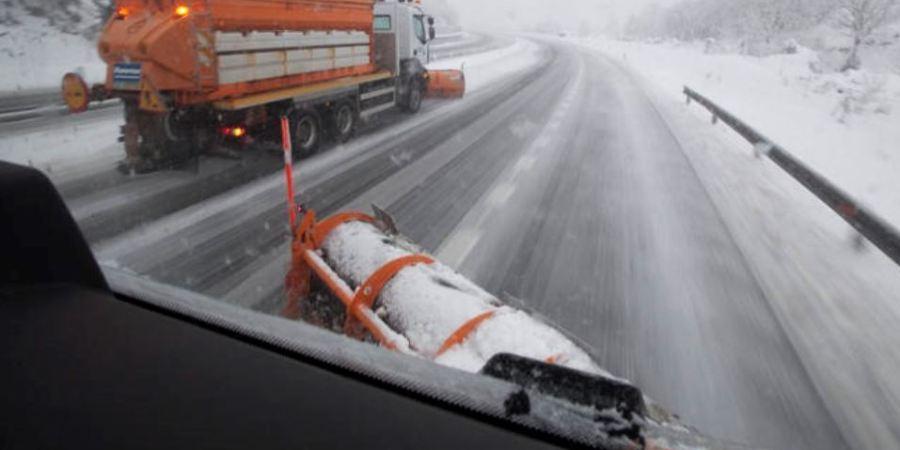 Pajares y la Autopista del Huerna cerrados para camiones y las previsiones para mañana sábado