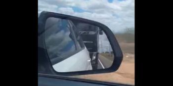 El camionero que echó fuera de la carretera a un coche fue arrestado