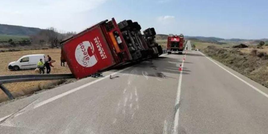 Herido el conductor de un camión en un accidente en Alfaro