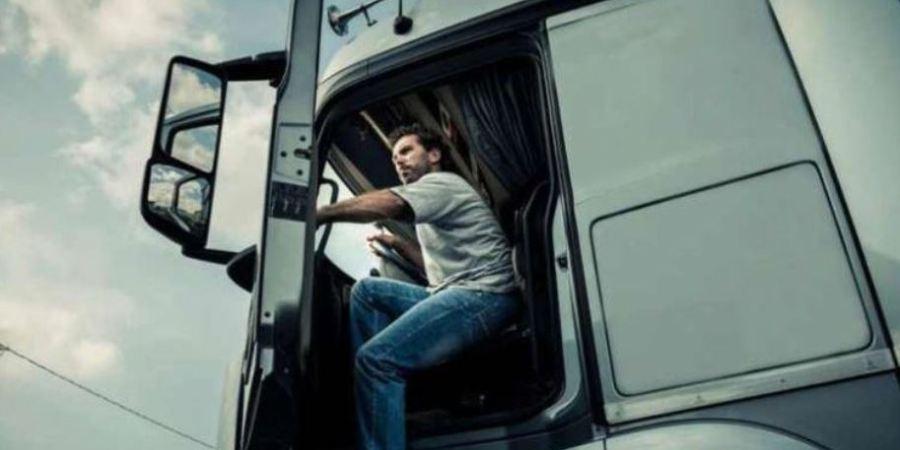 Las contrataciones de conductores profesionales bajó un 14,85% en 2020