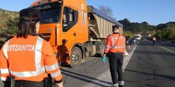 Campaña de vigilancia y control de camiones y autobuses de la Ertzaintza