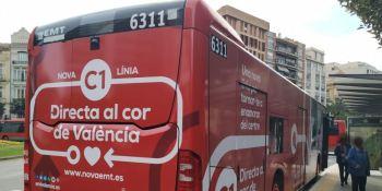 La EMT de Valencia estudiará la queja por la expulsión de un joven con autismo de un autobús