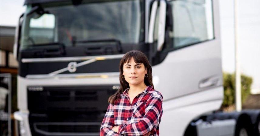 """La carretera es femenina. """"Camionero García"""""""