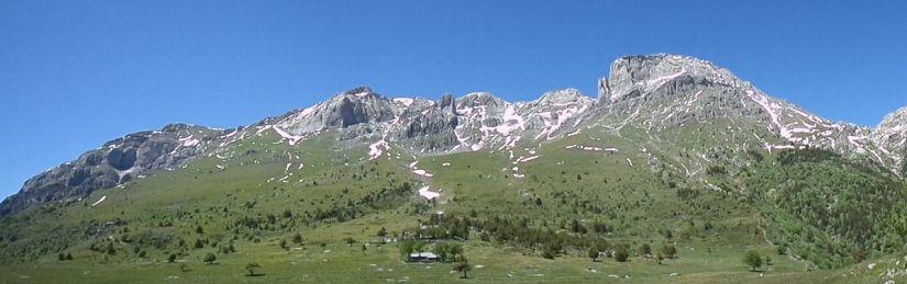 camminando verso il Monte Mongioie